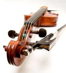 Free Violin And Bow Royalty Free Stock Photo - 4818595