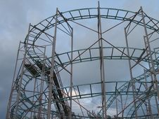Free Roller Coaster Royalty Free Stock Images - 4822729
