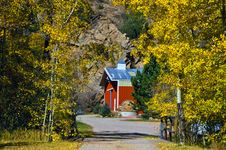 Country Barn In Autumn Stock Photography