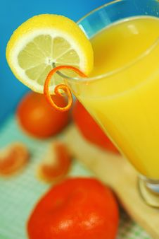 Free Fresh Orange Juice Royalty Free Stock Photo - 4825175