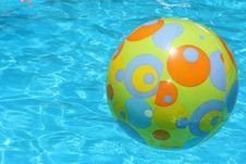 Free Swimming Ballon  In Pool Stock Photo - 4826970