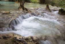 Free Falling Water Stock Image - 48248701