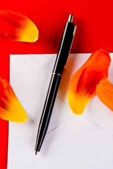 Free Pen And Petals Stock Image - 4834401