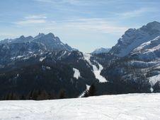 Free Ski Slopes Royalty Free Stock Image - 4835296