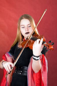 Free The Gothic Violinist. Royalty Free Stock Images - 4837999