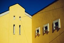 Free Yellow House Stock Photos - 4843183