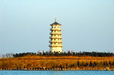 Free Chinese Pagoda Building Royalty Free Stock Photos - 4847768