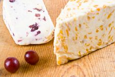 Apricot And Cranberry Stilton With Grapes Royalty Free Stock Images