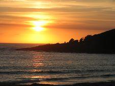 Free Sunrise Silhouette Stock Photos - 4858773