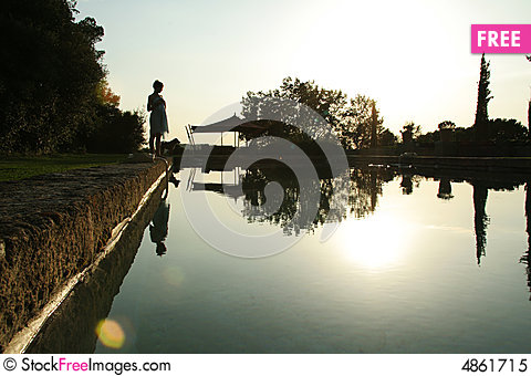 Free Sunrise Swimming Pool Royalty Free Stock Photo - 4861715