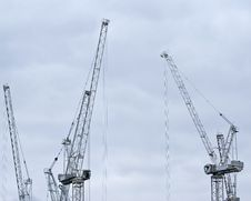 Free Two Building Cranes In London Royalty Free Stock Images - 4863659