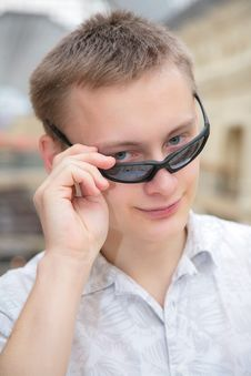 Free Young Man In Sunglasses Stock Photo - 4865490