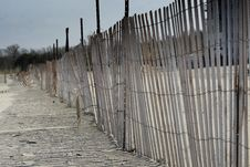 Free Beach Fence Royalty Free Stock Images - 4865689