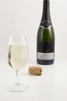 Free Wine And Around It Royalty Free Stock Image - 4868886