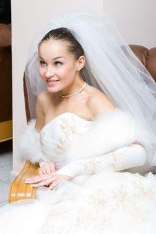Free Bride Indoors Royalty Free Stock Photos - 4873008