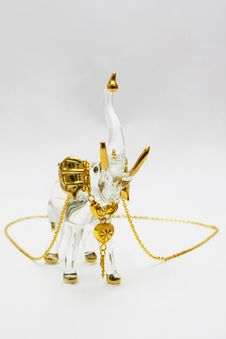 Free Golden Necklace On Crystal Elephant Royalty Free Stock Photos - 4873038