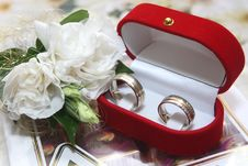 Free Wedding Rings And Rose Stock Images - 4881014