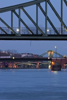 Free Spanning Frankfurt Royalty Free Stock Image - 4884926