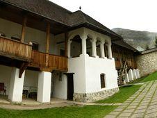 Free Polovragi Monastery Royalty Free Stock Photography - 4885517