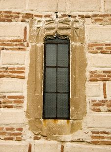 Free Monastery Window (Polovragi) Royalty Free Stock Photo - 4885585
