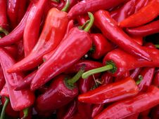 Free Red Hot Peppers Royalty Free Stock Photography - 4886647
