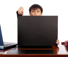 Free Child Holding A Blank Black Board Stock Images - 4887754