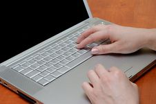Free Female Hands, On The Keyboard Stock Images - 4889504