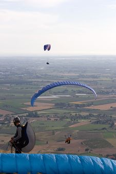 Free Flying Up In The Sky Stock Photography - 4890582