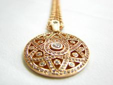 Free Large Golden Star Of David And Chain Royalty Free Stock Image - 4890636