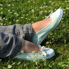 Free Resting Feet Royalty Free Stock Photography - 4890677
