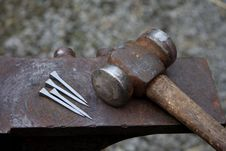 Free Hammer And Nails Stock Photo - 4895110