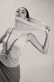 Free Hispanic Fashion Woman Stock Photography - 4899952