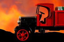 Free Red Truck Royalty Free Stock Photography - 493217