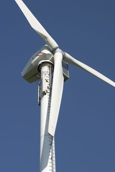 Free Wind Turbine 3 Royalty Free Stock Images - 498949