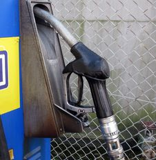 Free Petrol Pump Royalty Free Stock Photo - 4900185