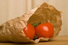 Free Tomato In Brown Paper Bag Royalty Free Stock Photography - 4901267