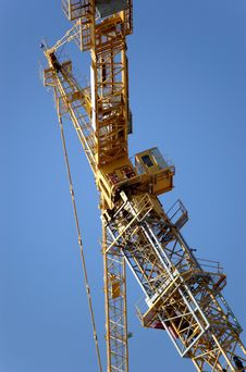 Free Lifting Crane Building The House Stock Photography - 4903812