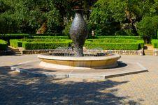 Free Fountain Royalty Free Stock Photo - 4905135