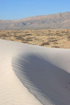 Free Gypsum Sand Dunes Royalty Free Stock Images - 4910349