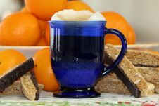 Free Latte And Biscotti Royalty Free Stock Photography - 4911697