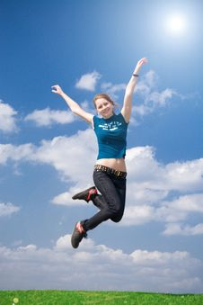 Free The Happy Jumping Girl Royalty Free Stock Photo - 4921405