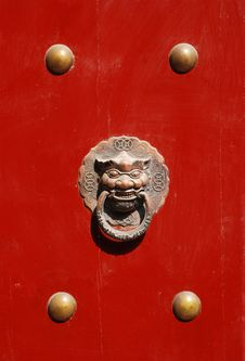 Free The Chinese Wood Door Royalty Free Stock Images - 4921599