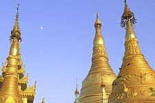 Myanmar, Yangon: Shwedagon Pagoda Stock Photos