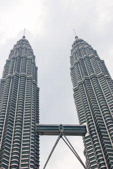 Free Petronas Towers, Kuala Lumpur Royalty Free Stock Image - 4928686