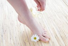 Free Female Feet With Oil Stock Image - 4929721