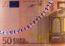 Free Necklace And Banknote 1 Royalty Free Stock Image - 4931136