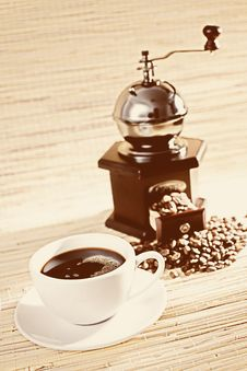 Old-fashioned Coffee Grinder Royalty Free Stock Photo