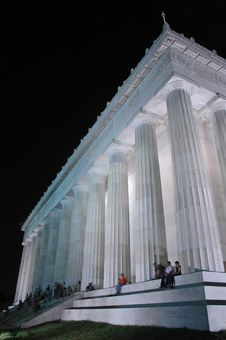 Free Lincoln Monument At Night Stock Photography - 4935272