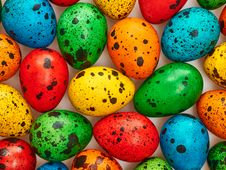 Free Easter Quail Eggs Painted Beautiful Multicolored Background Royalty Free Stock Photography - 49374787
