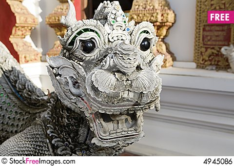 Free Dragon Figure With Lion S Head Royalty Free Stock Image - 4945086